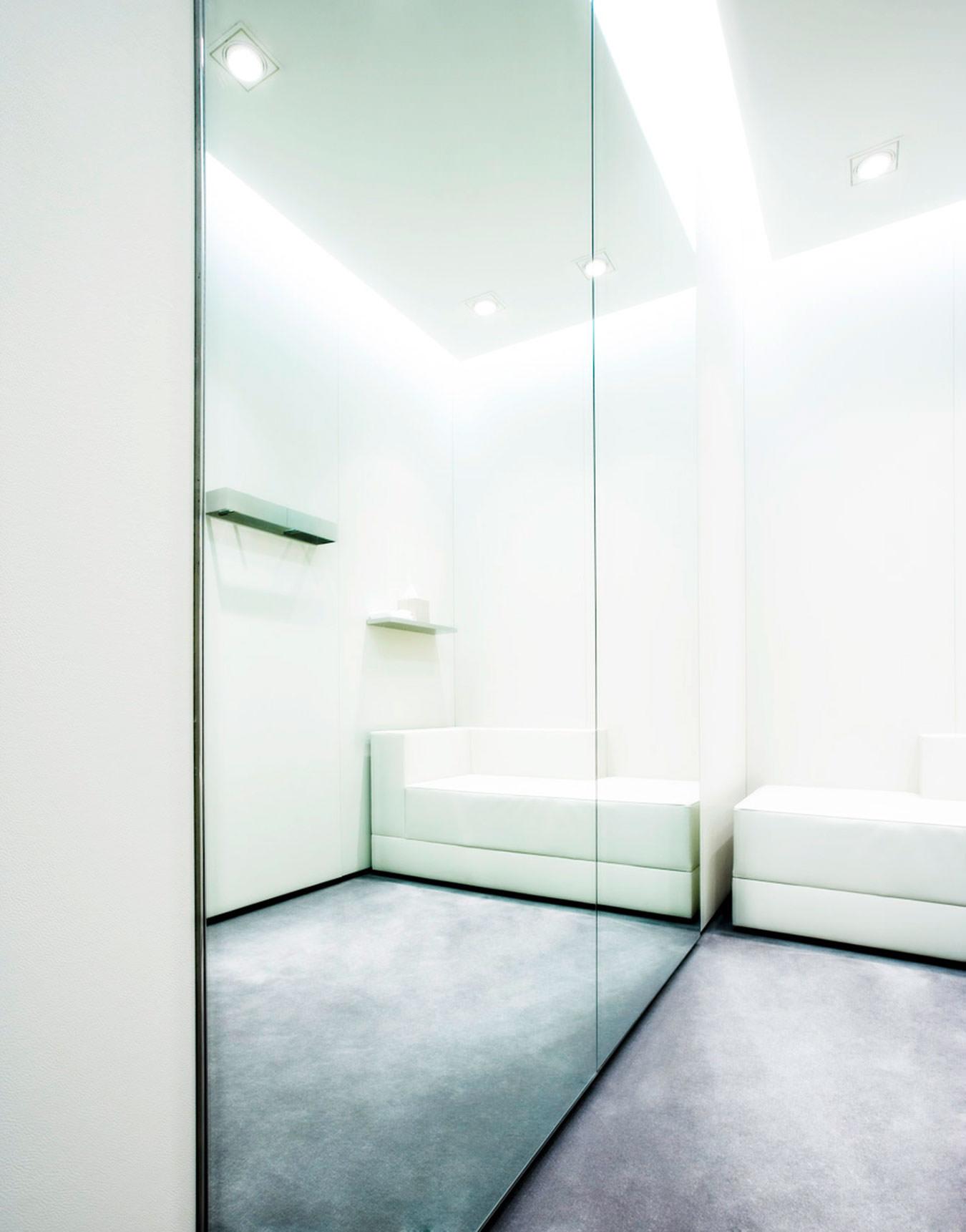 escada flagshipstore atelier holger albrich. Black Bedroom Furniture Sets. Home Design Ideas